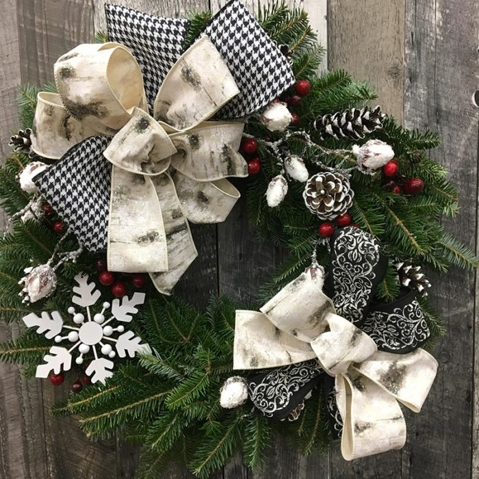 Wreath 33